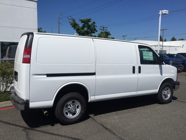 Chevrolet Express G3500 Box Truck Autos Post