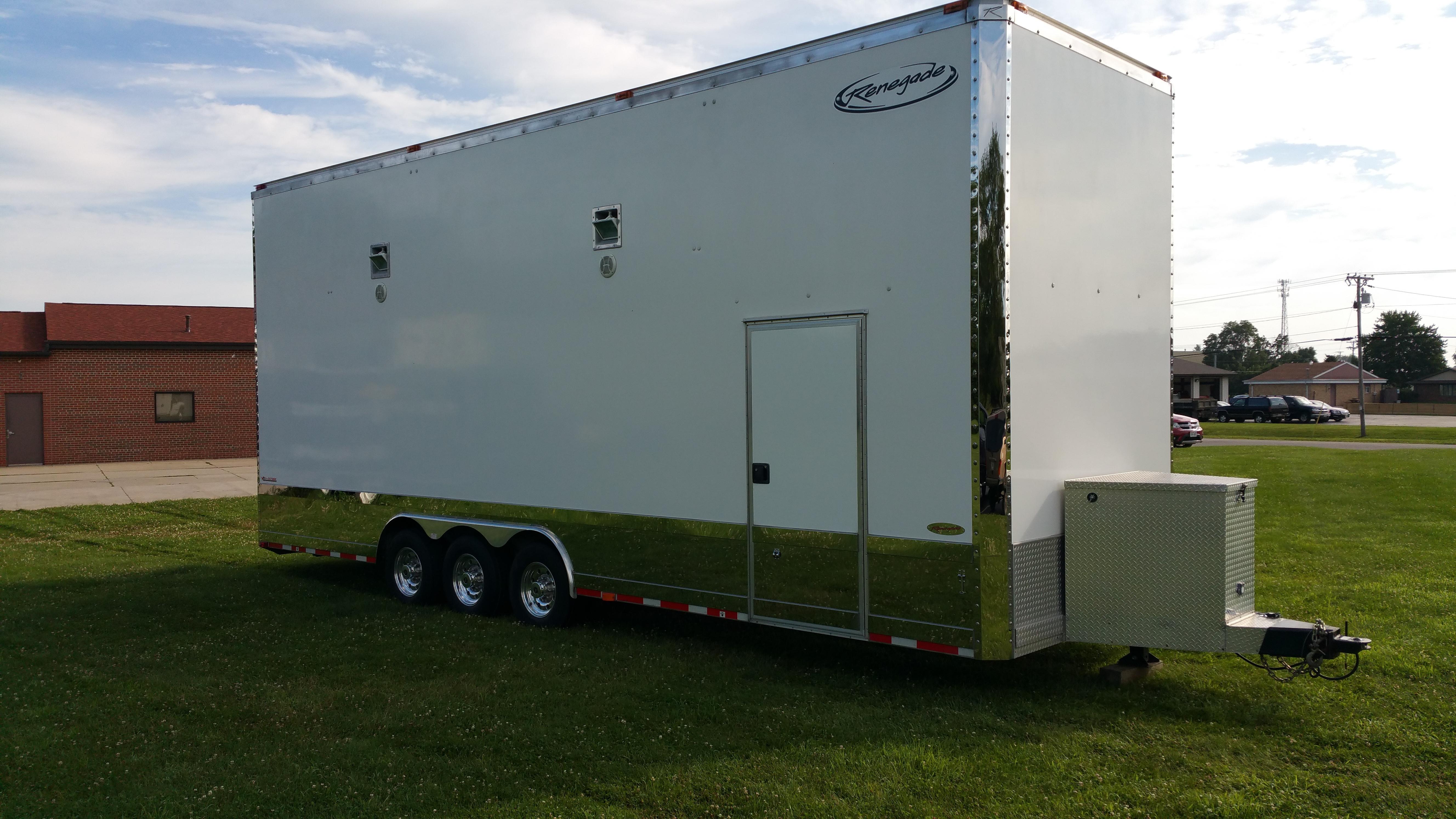 2009 renegade trailer beloit wi 115243077. Black Bedroom Furniture Sets. Home Design Ideas
