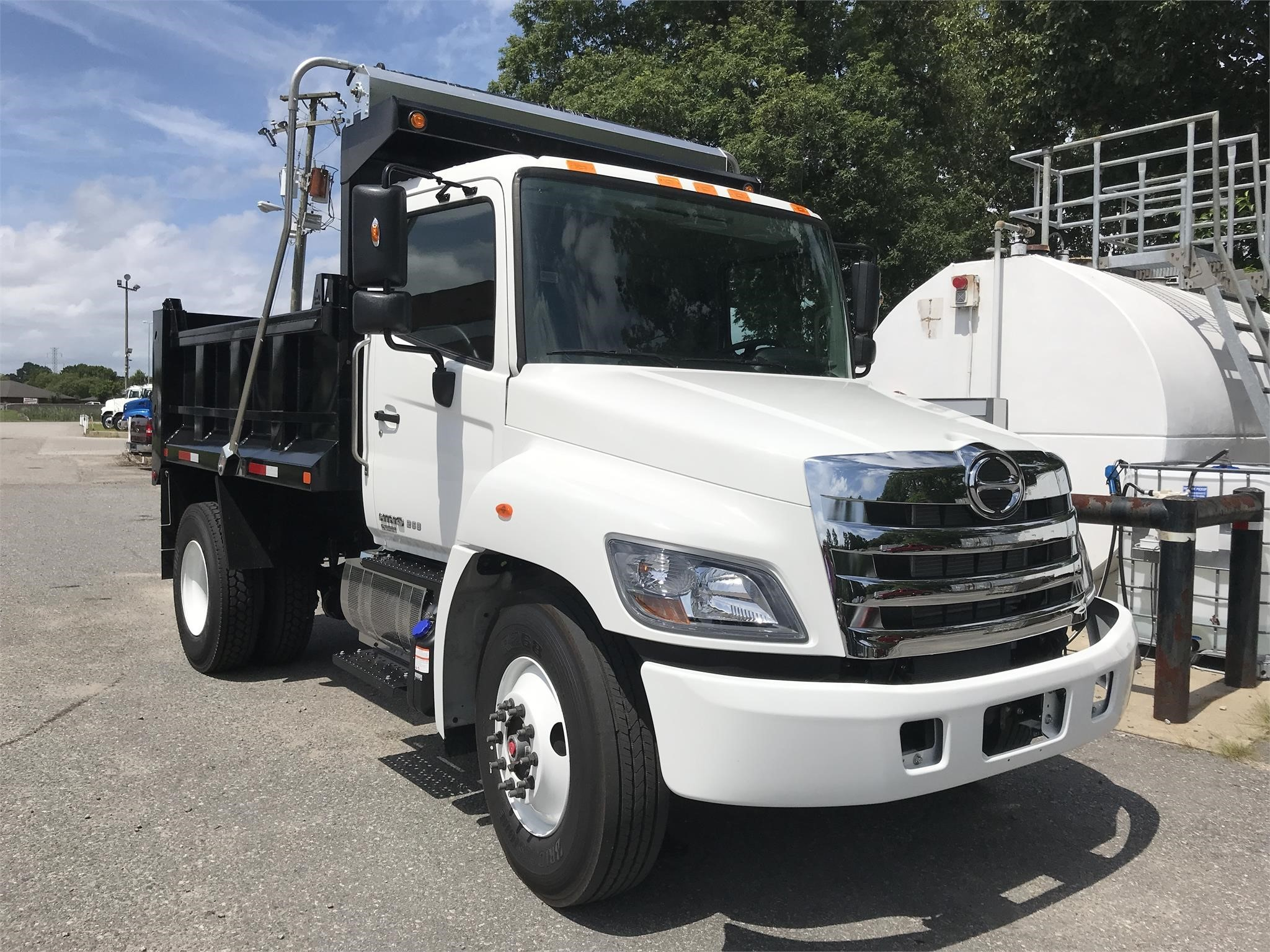 Used Inventory | Medium & Heavy Duty Dump & Flatbed Trucks