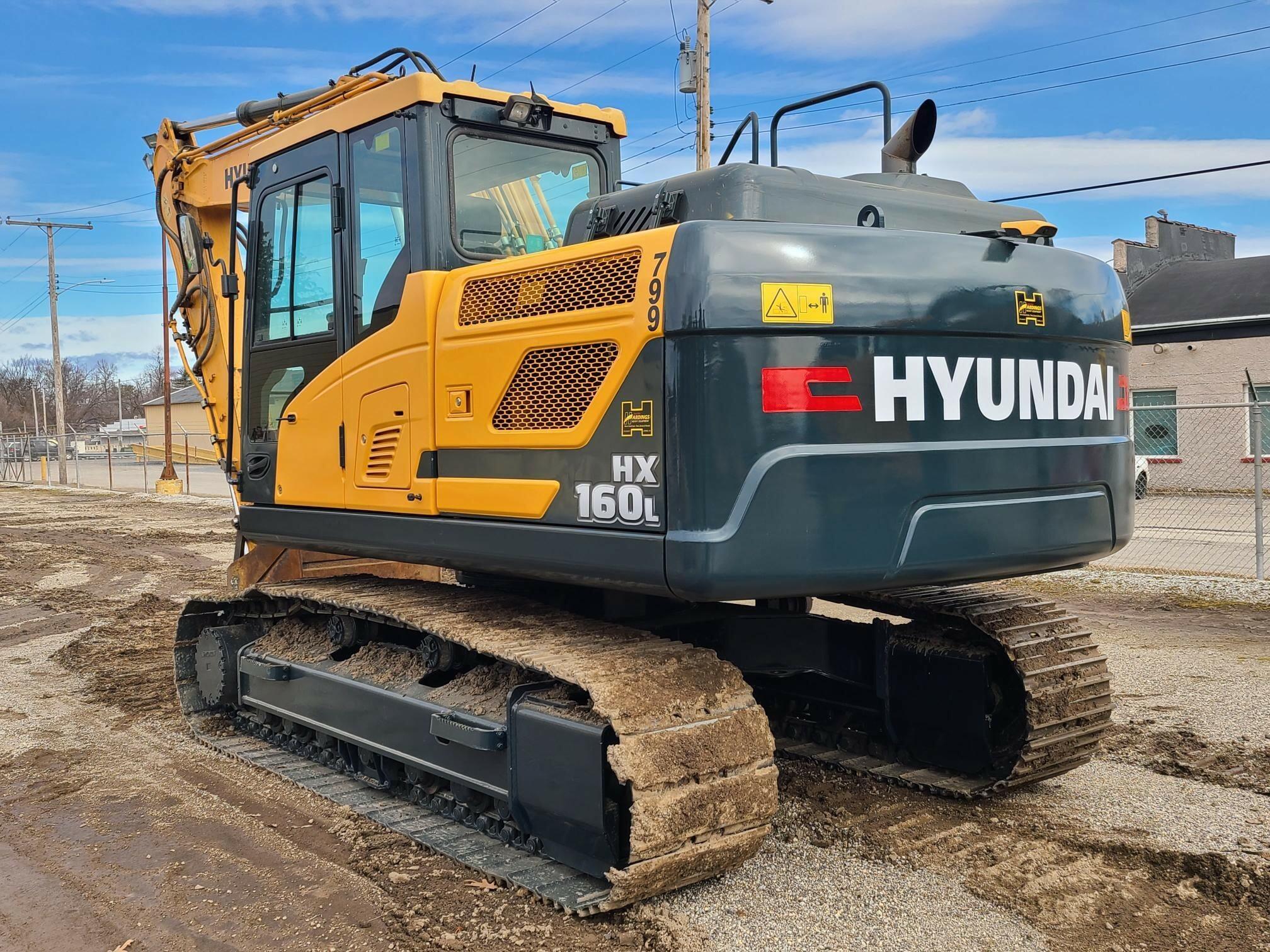 Used, 2017, HYUNDAI, HX160L, Excavators - Crawler